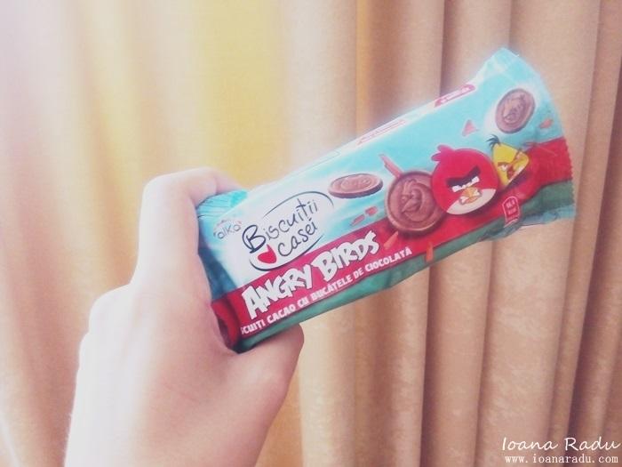 05 alka angry birds biscuiti cacao cu bucatele de ciocolata