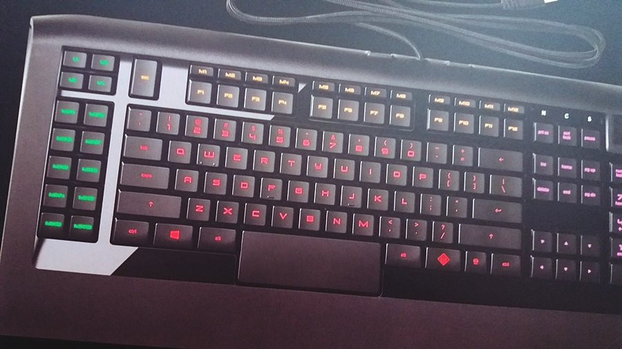 20-tastatura-hp-omen-cu-steelseries
