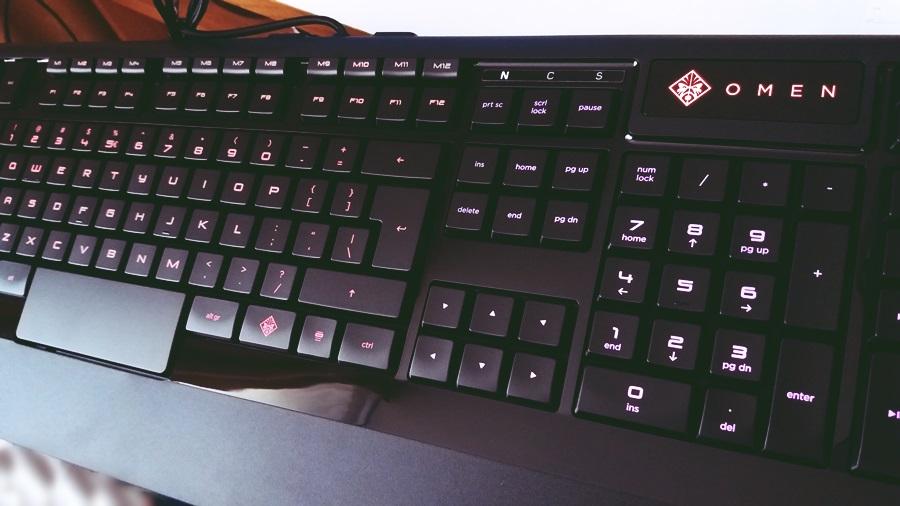 36-tastatura-hp-omen-cu-steelseries
