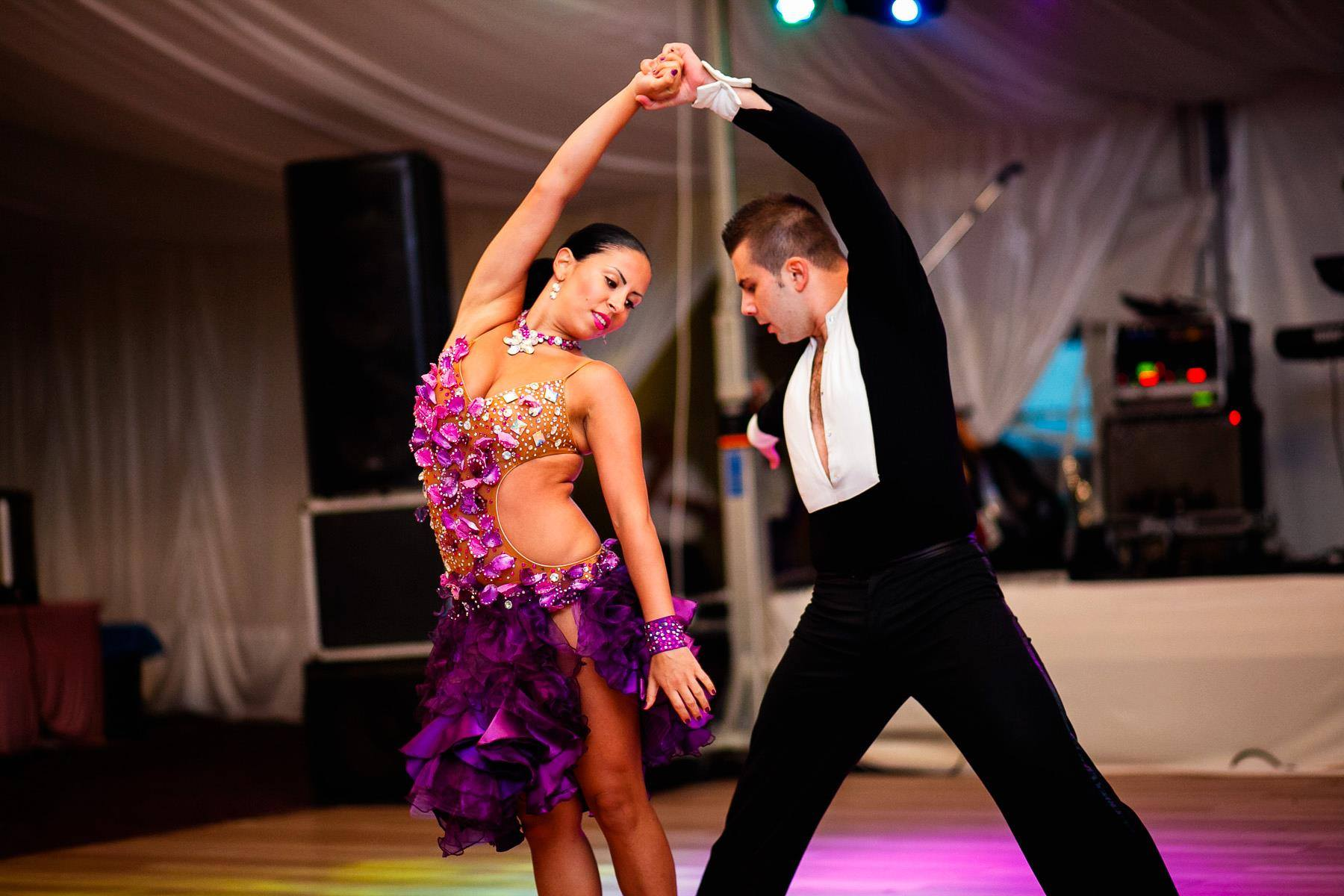 Iulian Panait antrenor cursuri de dans Triumph Dance Academy