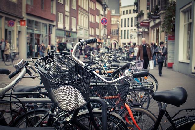 city bike biciclete de oras