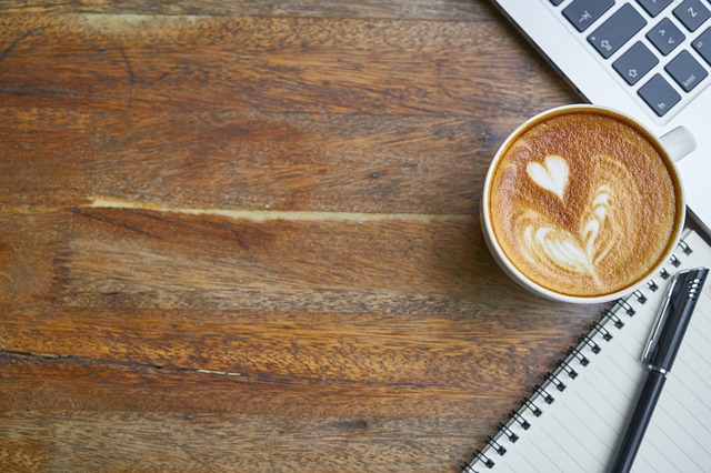 sa tratezi anxietatea sa scrii un roman