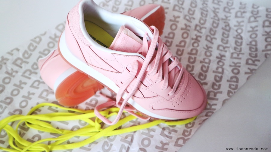 Reebok Classic Leather FACE Stockholm unboxing foto14