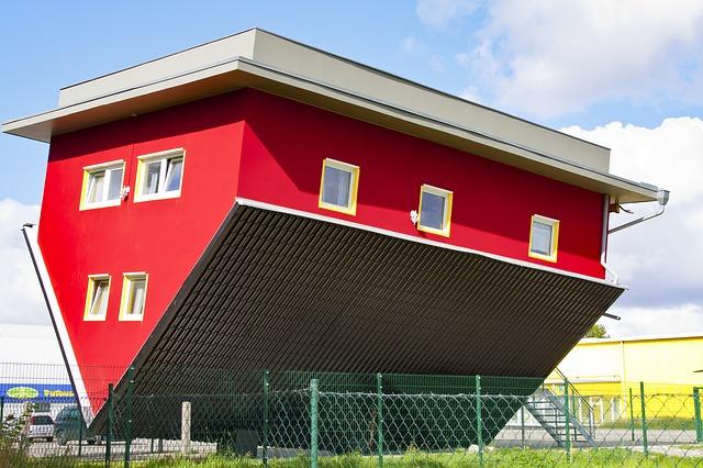 casa acoperis tigla