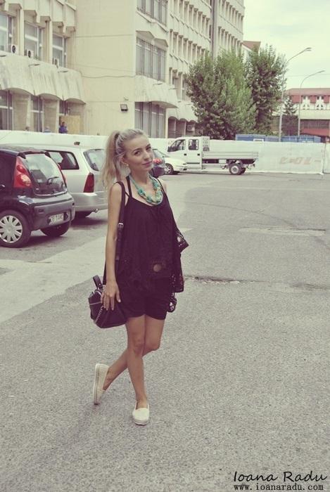 01 OOTD all black espadrile Monti Shoes