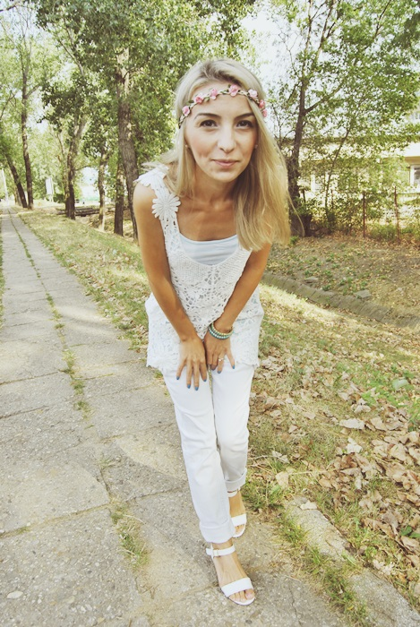 03 OOTD white outfit rochie de plaja