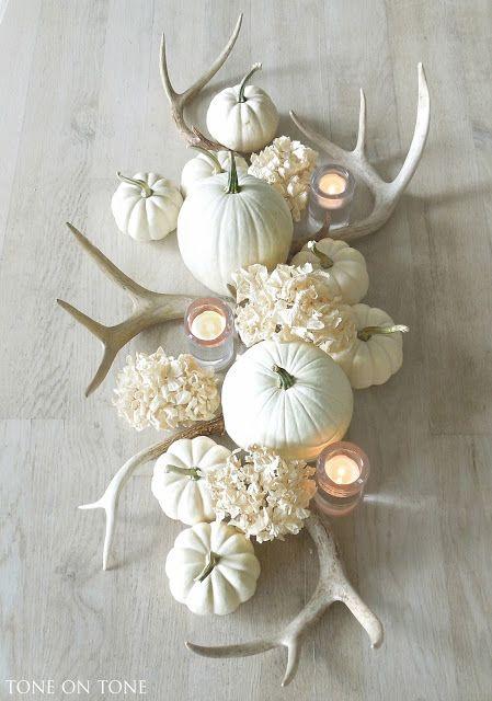 dovleci-albi-flori-albe-lumanari-decorative