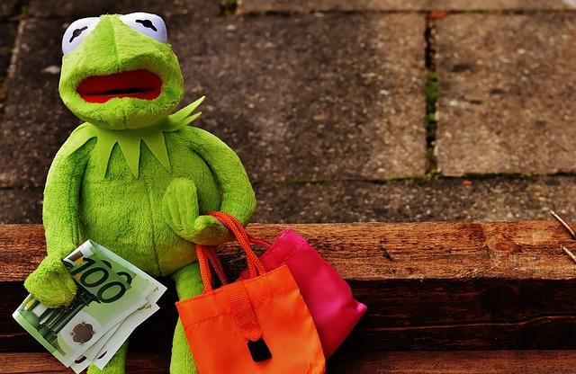shopping money