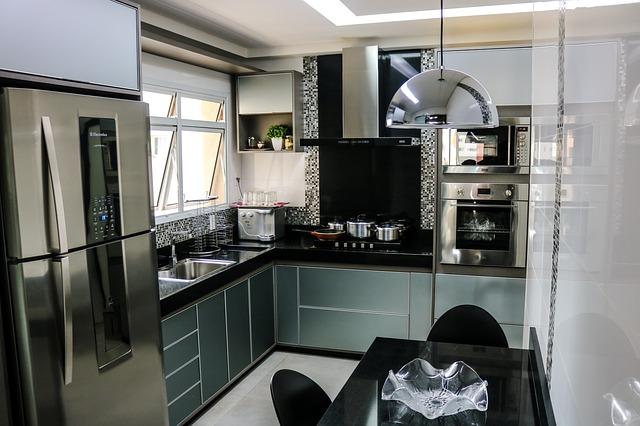bucatarie hota cuptor incorporabil frigider inox