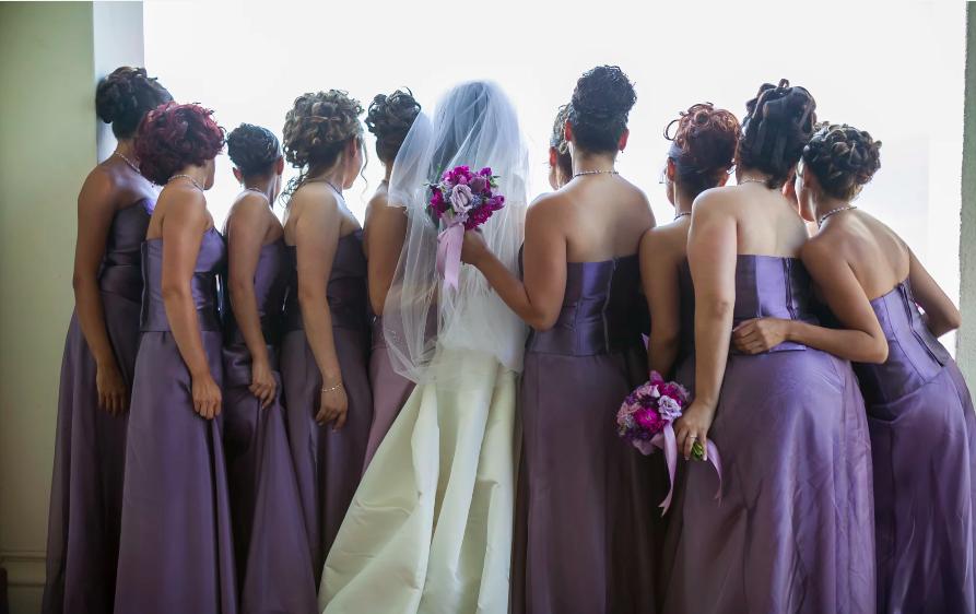 ghidul domnisoarelor de onoare la o nunta