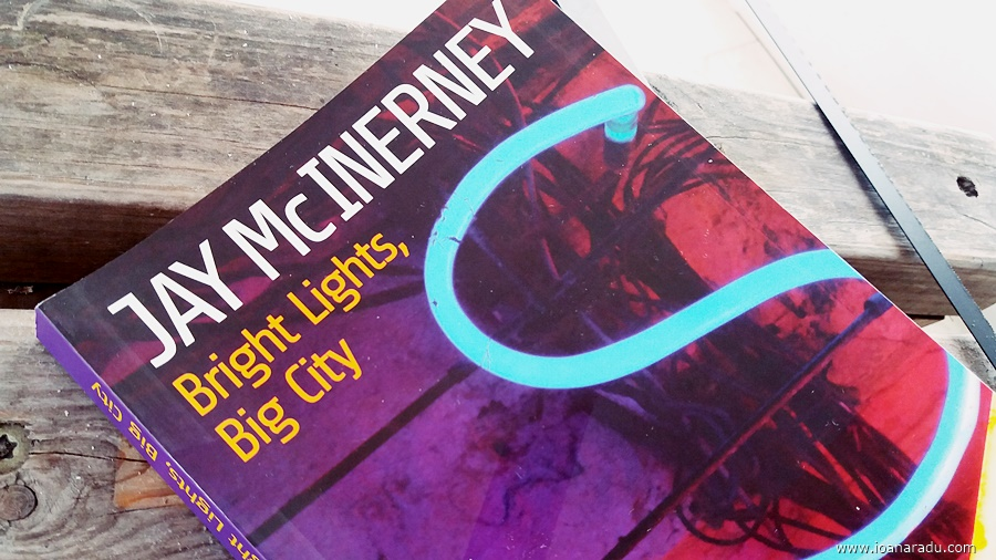 recenzie roman Bright lights big city Ian McInerney