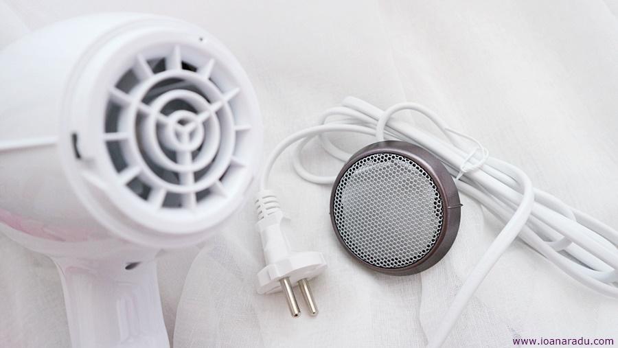 grila detasabila uscator de par Rowenta Instant Dry Premium Care CV6065F0