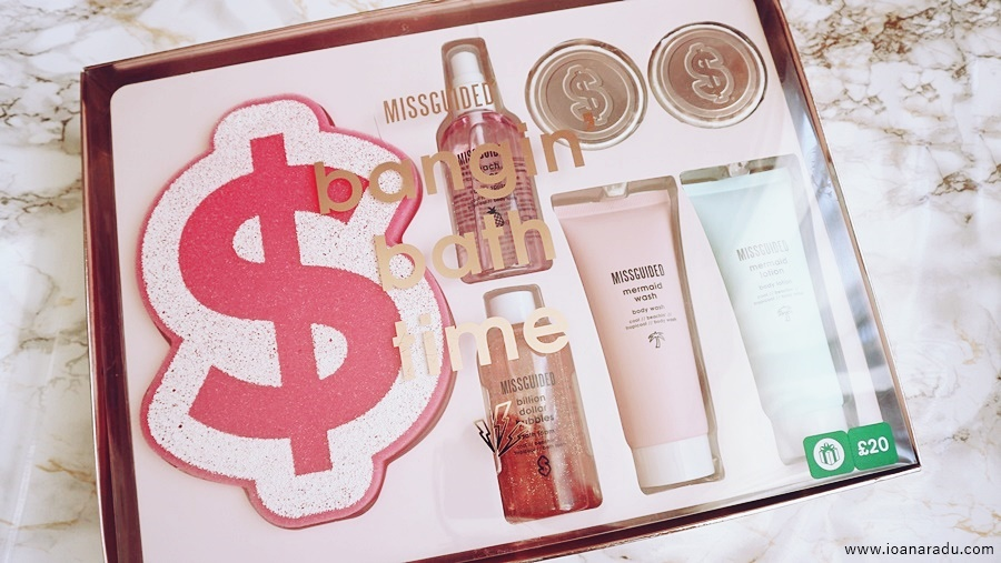 set Missguided Bangin' Bath Time