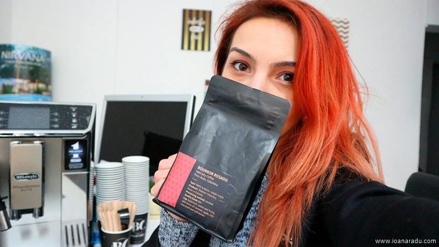 Ioana Radu espressor profesional De'Longhi PrimaDonna Elite si cafea boabe premium Bourbon Rosado BlackCoffee Targoviste