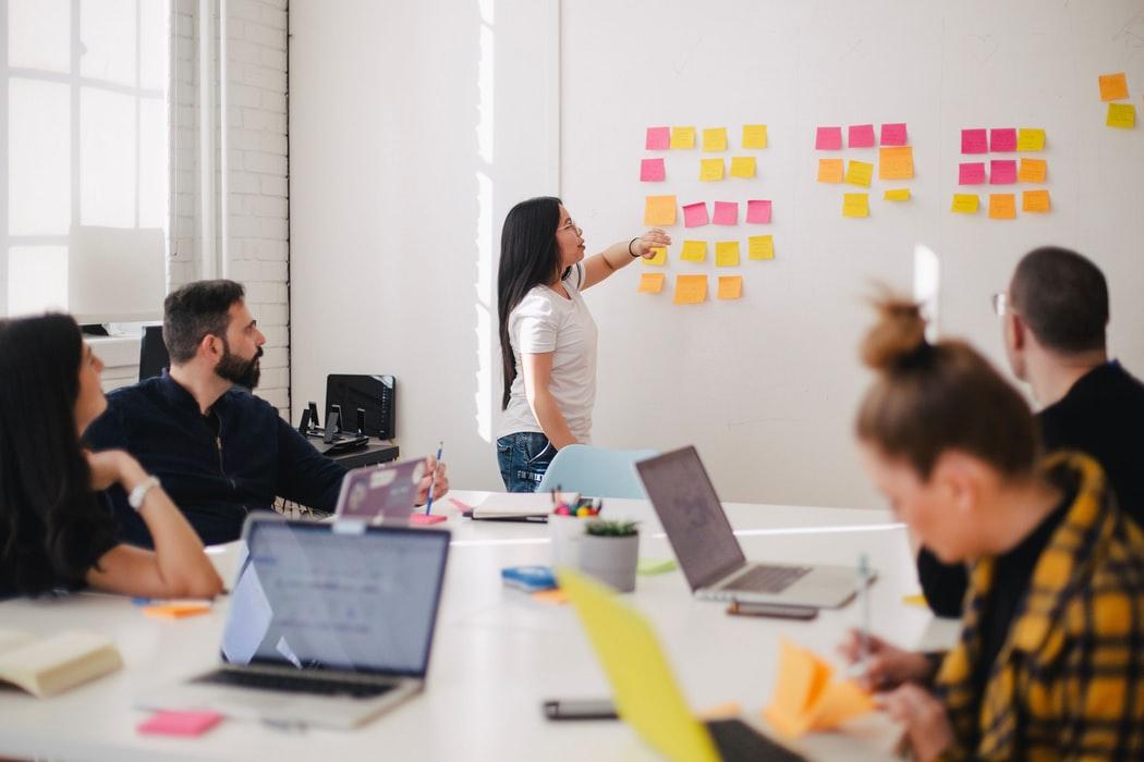 5 lucruri pe care le  puteți încerca la birou