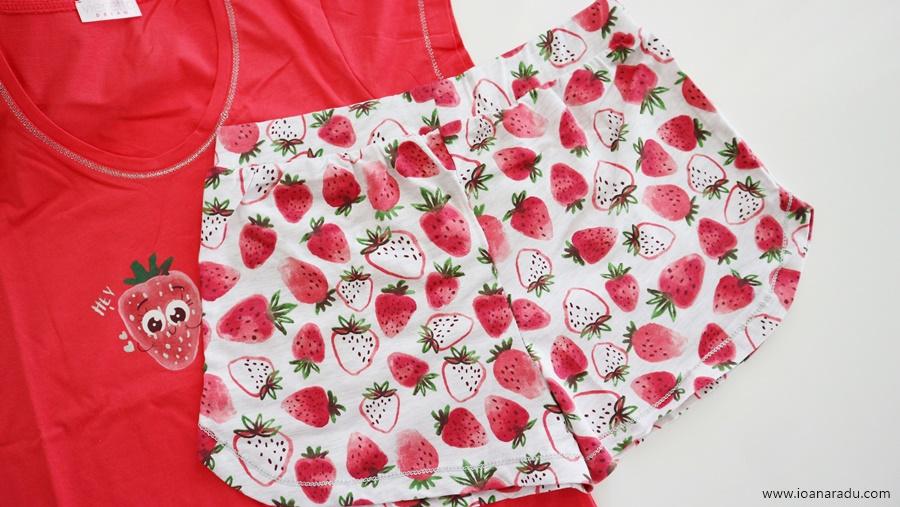 pijamale dama capsuni lady-line.ro