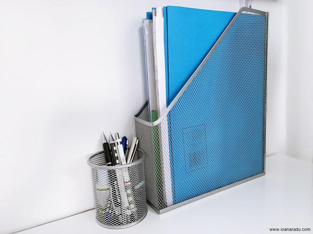 Suport vertical pentru documente suport metalic argintiu pentru pixuri PublishingOffice markere permanente